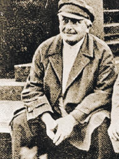 Первый кремлевский развратник Енукидзе жизнью поплатился за любовь к девочкам.
