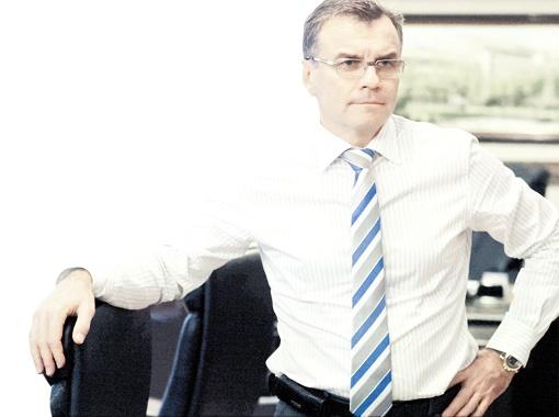 Финансист Виктор Субботин возглавил предприятие в 2007 году и своим примером опроверг стереотип о том, что промышленным гигантом может руководить только производственник.