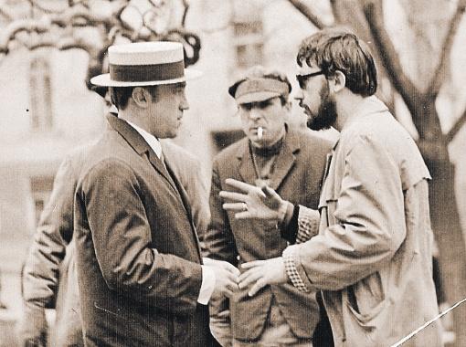Высоцкий и режиссер Юнгвальд-Хилькевич (справа) на съемках