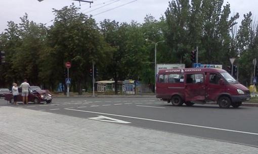 Пассажирский автобус следовал по 23-му маршруту. Фото: Остров.
