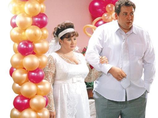 Настя Воронина и ее сериальный муж Леня друг в друге души не чают.