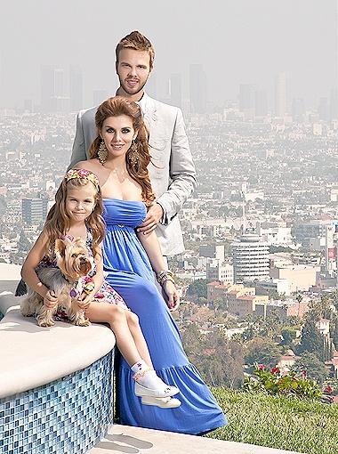 Теперь соотношение мужчин и женщин в семье Ани и Макса будет три к одному.