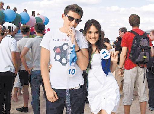 Коля и Маша - на фестивале надежда наша.