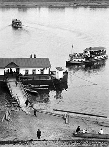Первый речной пароход.