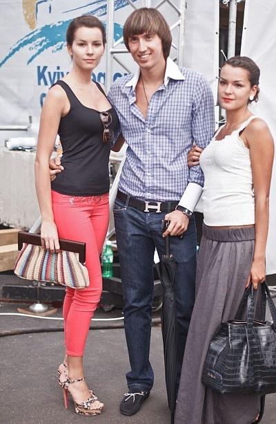 Друг Ющенко-младшего с любимой. Фото: ТаблоID