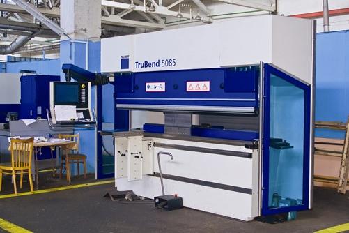 Передовое оборудование позволяет заводу выполнять заказы любой сложности.