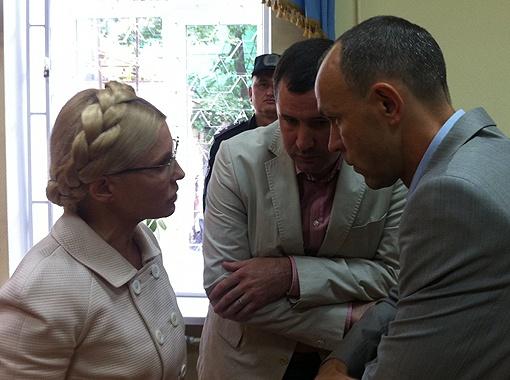 Если Тимошенко арестуют, бразды правления своей партии она передаст одному из соратников. Фото УНИАН.