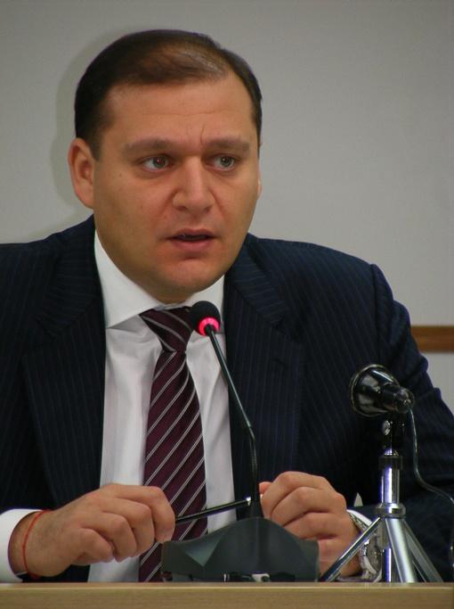 У Виктора Януковича на его счет могут быть особые планы