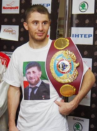 Заурбек Байсангуров примерил на себя титул временного чемпиона мира по версии WBO
