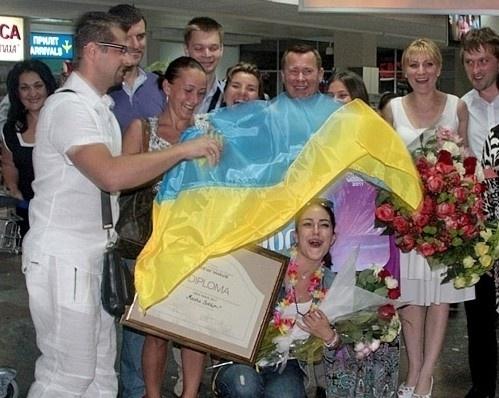 Машу поздравляли и родные и незнакомцы. Фото: tochka.net