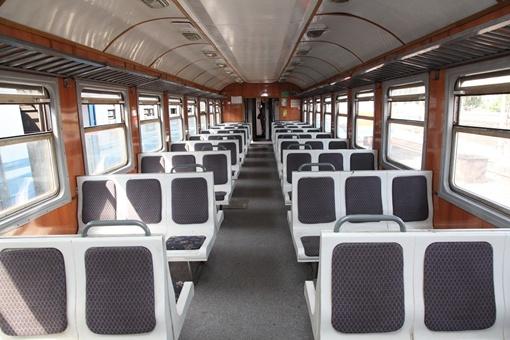 Южная железная дорога беспокоится о комфорте пассажиров (вагон перед выездом на маршрут).