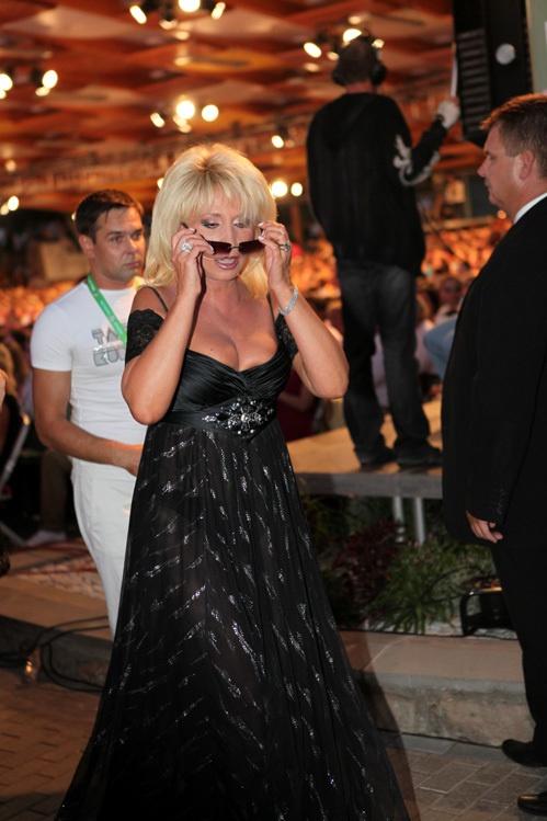 Аллегрова продемонстрировала роскошную грудь. Фото: eg.ru