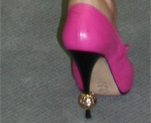 Неля Штепа номит золото даже на каблуках. Фото: http://novosti.dn.ua.