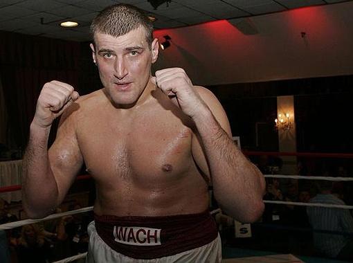 Вах, какой соперник! В кои-то веки боксер не проигрывает в росте братьям Кличко. Фото с сайта havocboxingnyc.com.