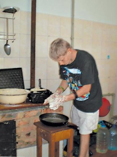 За тонну поднятого угля Коле платили не по-детски -  пятьдесят гривен…