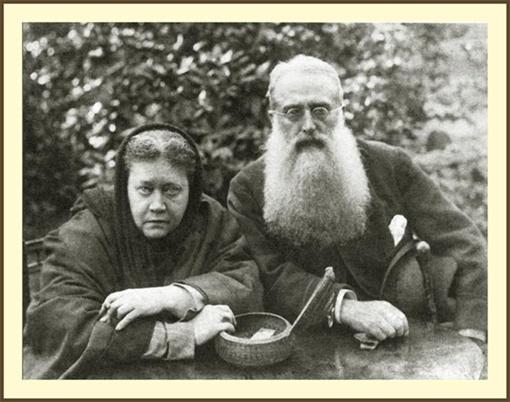 Блаватская с Генри Олкоттом - своим сподвижником, единомышленником, другом.