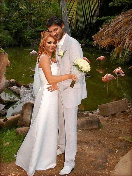 Жених и невеста! Фото со странички Яны Соломко.