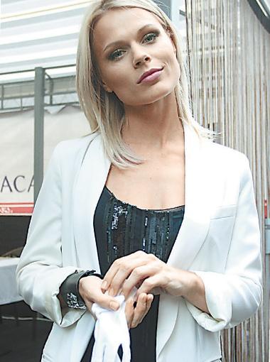 Ольга Фреймут теперь не выходит из дому без резиновых перчаток.