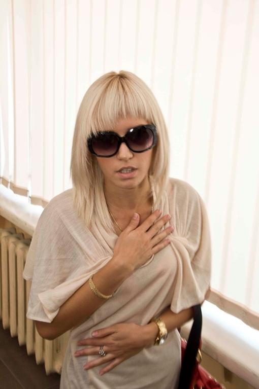 Пострадавшая 20-летняя Эллина Кравцова. Фото Павла ВЕСЕЛКОВА.