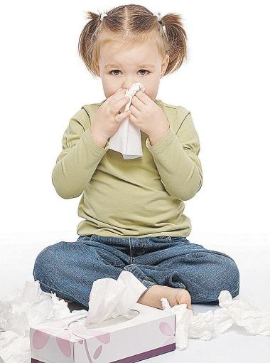 Чтобы защититься от насморка, увлажняйте слизистую носа.