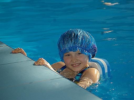 Водные процедуры - самые полезные для детей.