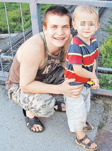 Знакомые в один голос описывают Ивана Иванченко так: добрый, отзывчивый, любит детей.
