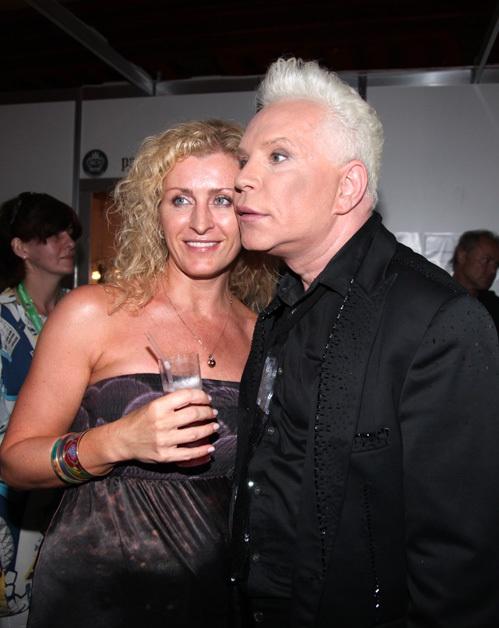 Певец заявил, что она - его новая любовь. Фото: eg.ru