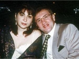 Жена Черновецкого подала на развод. Фото из семейного альбома Алины Айвазовой.