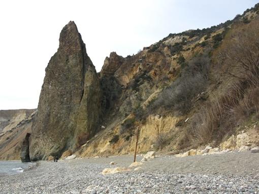 Окрестности мыса Фиолент. С этого пляжа были услышаны крики о помощи от людей, находившихся на скале.