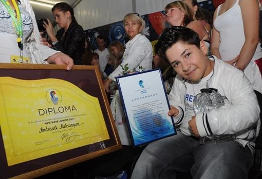 Победитель Детской Новой Волны-2011 мечтает добиться мирового признания и славы. Фото Виталия ПАРУБОВА