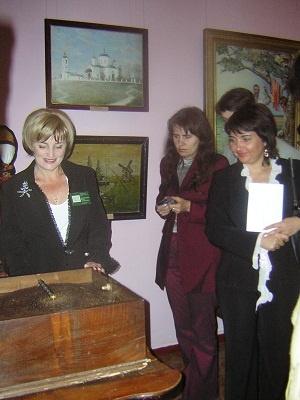 Коллекция, которая хранится в Пархомовке, привлекает не только туристов, но и преступников. Фото из архива