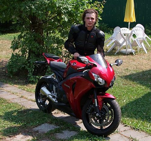 Накануне ДТП Галина Александровна уговаривала Филиппа не садиться за руль нового мотоцикла