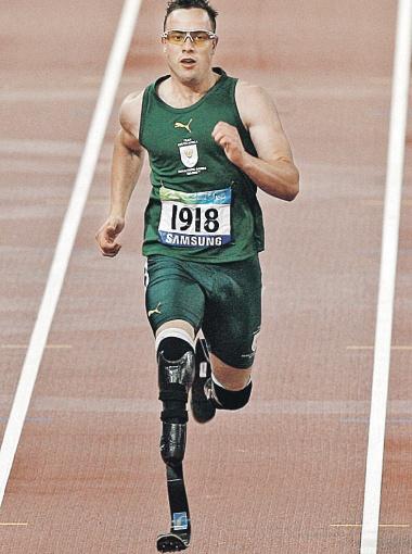 Оскар Писториус даже на протезах способен показывать высокие результаты. Фото Рейтер.