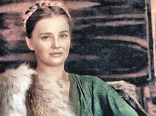 Мех был одним из любимых материалов Прохоренко - иногда она создавала из него настоящие шедевры.