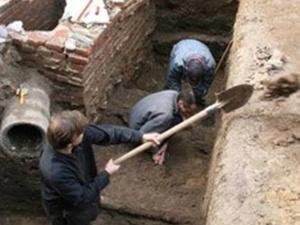 Археологи не против застройки фундамента Десятинной церкви