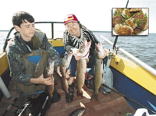 Витренко с внуком: вот такие щуки водятся на Киевском море!
