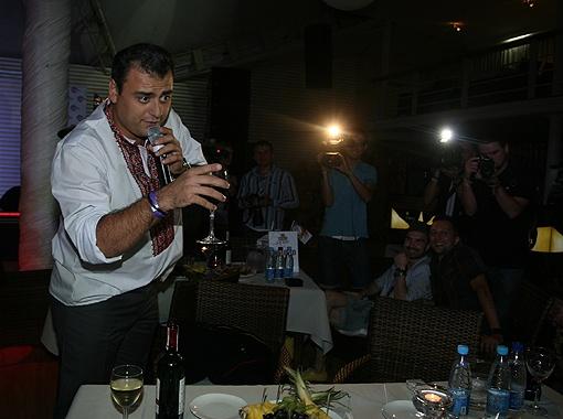 Конкурсант из Грузии Лаша Рамишвили приехал в Украину пить и петь.