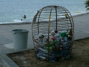 А чистота пляжа оставляет желать лучшего.