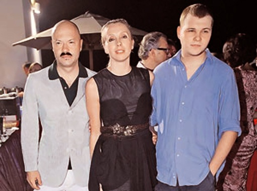 Федор Бондарчук хочет, чтобы сын Сергей (справа) после учебы в США работал на Родине. Фото Владимира Веленгурина.