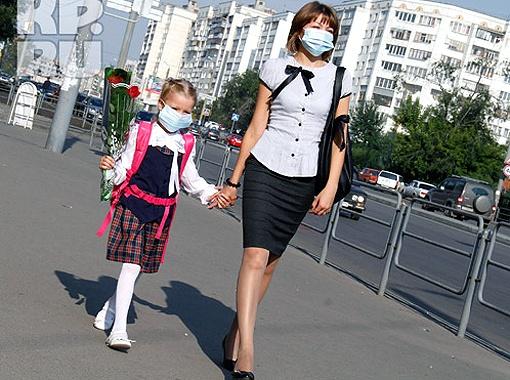 Линейки в школах прошли за закрытыми дверями. Фото Валерия Звонарева.