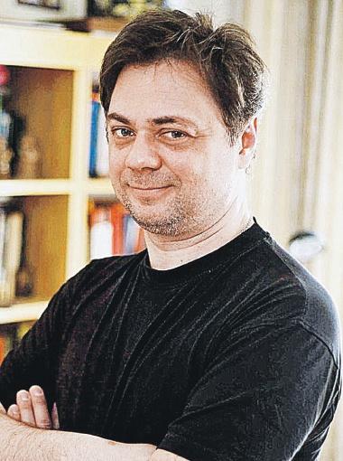 Андрея Леонова до сих пор сравнивают со знаменитым папой. А он не в обиде!