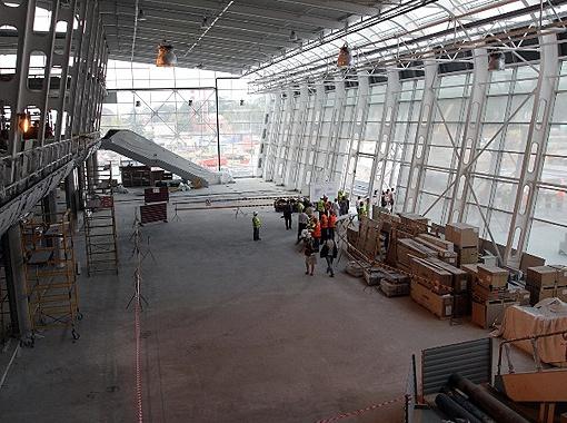 Ожидается, что львовский аэропорт заработает на полную мощность в марте 2012 года.