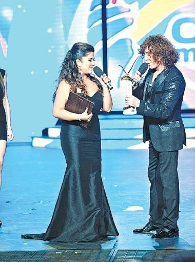 Гран-при получила Каролина Сото из Чили. Главный приз певице вручил Валерий Леонтьев.