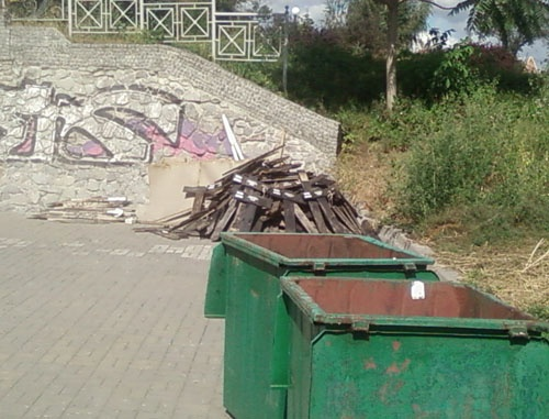 Мемориальные таблички вымерших от голода сел отправились на мусорник.