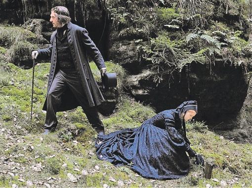 ...Но Сокуров предпочел актера помоложе - Йоханнеса Цоллера (кадр из фильма).