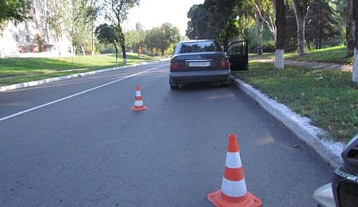 Daewoo Nubira разбила Mercedes и скрылась.
