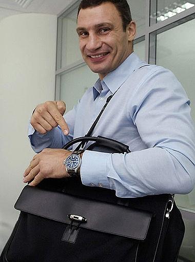 Пограничники заподозрили, что ценные вещи  Кличко ввозит в Германию незаконно.