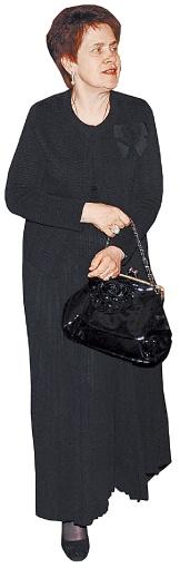 Людмила Янукович пришла во всем черном. Фото Константина БУНОВСКОГО.