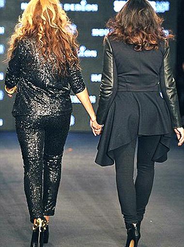 Высокие каблуки - не самый безопасный вариант для будущей мамочки. Фото Daily Mail.