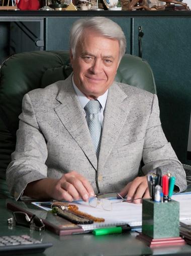 ТИМОШЕНКО Иван  Иванович, ректор  Европейского  университета, профессор, председатель Ассоциации учебных заведений  Украины частной формы  собственности.